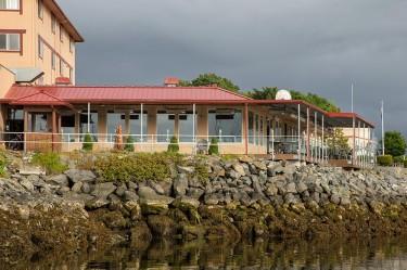 dock-shack-sitka-alaska-dining15